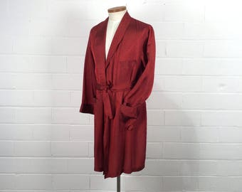 """Vintage 50s Mens Burgundy Satin Robe With Pockets, Diamond Pattern Wine Red Dressing Gown, House Coat, 1950s Mid Century Loungewear, Ch 42"""""""