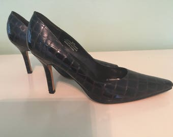 Carlos Falchi, Never Worn, Women's Brown Patent Leather, CROCODILE PUMPS, Pointy Toe Shoes, Stiletto Heels, 8 1/2