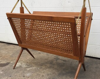 Cesare Lacca Made in Italy 1950s Collapsible Magszine Rack