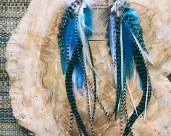 Earrings with feathers and turquoise