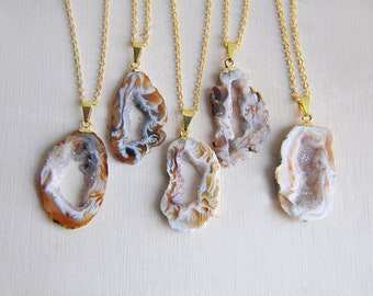 Raw Geode Necklace, Raw Geode, Gold Geode, Natural Geode, Geode Slice, Stone Necklace, Natural Necklace, Natural Stone, Gifts for her, Boho