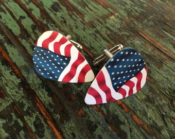 USA Flag guitar pick cufflinks / Bucks party /Personalized cufflinks / Grooms cufflinks / Custom cufflinks / Boutons de manchette