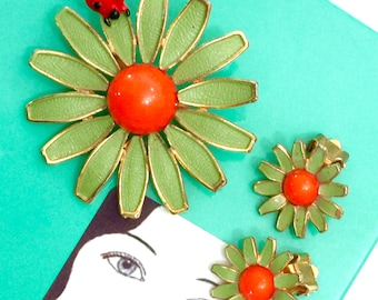 Weiss Enamel Floral Demi Parure, Brooch and Earring Set, Green Enamel Flowers, Red Ladybug, Orange Acrylic Cabochon Centers, Designer Signed