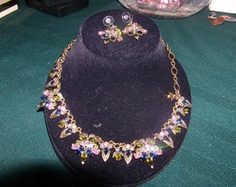 A vintage sweet romance antgue necklace &earring