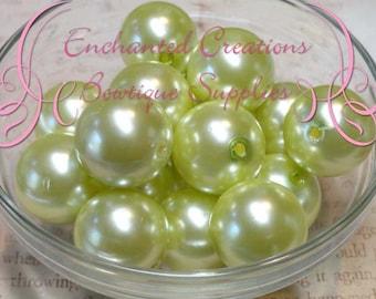20mm Pastel Yellow Acrylic Pearl Beads Qty 10
