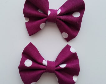 Purple hair bow with white polka dots. Girl hair accessories. Barrettes.
