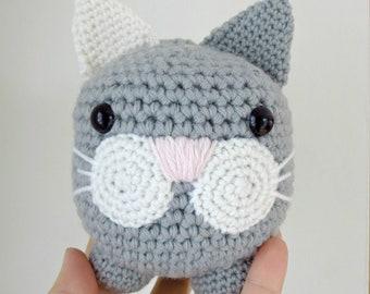 Salomé the cat, crocheted cat, amigurumi cat