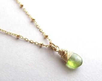 Peridot Necklace, Petite Gold Peridot Necklace, August Birthstone Necklace, Gemstone Necklace, Dainty Pendant Necklace