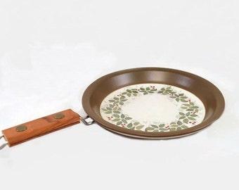 Vintage Norge Figgio Flint Flameware Skillet 'Brazil' Norway Teak Wood Handle