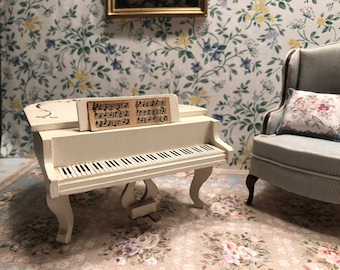 Lundby Vintage Dollhouse White Baby Grand Piano with Gold Details 1:16