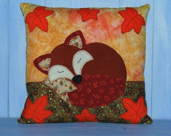 Sleeping Fox Applique Cushion Sewing Pattern  by  Wendy  Wadge