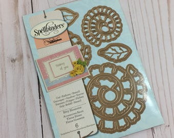 NEW - Spellbinders S5-086 Shapeabilities Bitty Blossoms Die Templates
