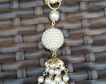 Vintage Faux Pearl and gold tone chain Tassel Necklace.