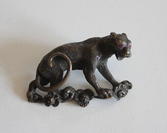 Stunning Antique Bronze Leopard Brooch