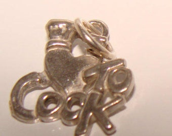 I Love to Cook in Sterling Silver, Charm