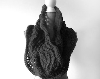 Infinity Scarf, Circle Scarf, Chunky Scarf,  Cowl Scarf, Knit Scarf, Knit Cowl, Wrap Scarf, Boho Scarf, Handmade Scarf, Made to Order