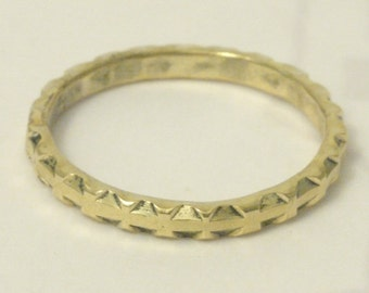 Gold geometric 14 kt stacking ring