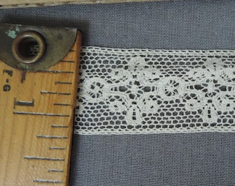 11 Yards Vintage Lace Trim, 1 inch wide Ivory Cotton, Antique early 1900s to 1920s