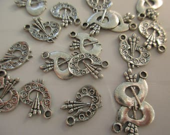 5 charms in silver paint palette