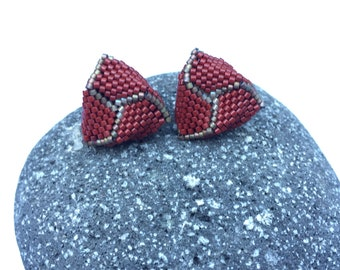 Handmade stud earrings, beaded in a triangle shape with dark red and matte bronze seed beads