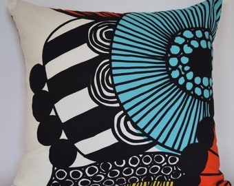 "20""x20"" Marimekko Pillow Cover. Handmade. Pattern: Sirtolapuutarha by Maija Louekari."