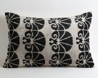 Velvet Ikat Pillow Cover, Black Ikat Pillows Modern Pillows Living Room Decor Throw Pillow Decorative Ikat Pillows White Black Throw Pillows