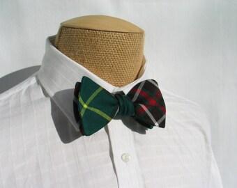 Self Tie Bow Tie and Cuff Links, Newfoundland Tartan Bow Tie, Green Plaid Cuff Links, Green Plaid Tie Cuff Links, Newfoundland Pocket Square