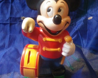 VINTAGE Walt Disney MICKEY MOUSE Rubber Coin Savings Bank Hand Moves 1970