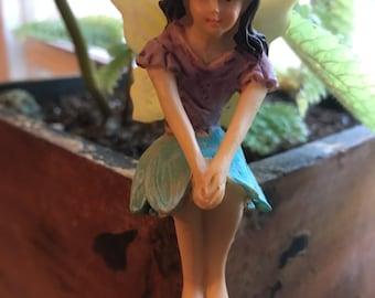 Sitting Fairy (style 2)