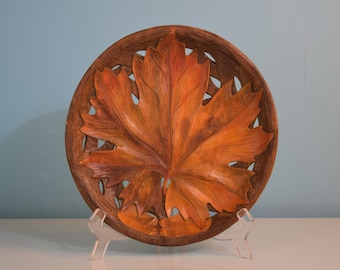 Carved Wood Plate Maple Leaf High Detail Design Handmade Hand Painted Wooden Plate Syroco Thanksgiving Fall Colors Leaves Vintage Decor