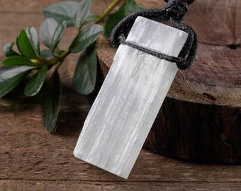 """2"""" White SELENITE Necklace - Selenite Crystal Pendant w/Black Cord, Selenite Jewelry, Selenite Pendant, Selenite Slab, Healing Crystal E0544"""