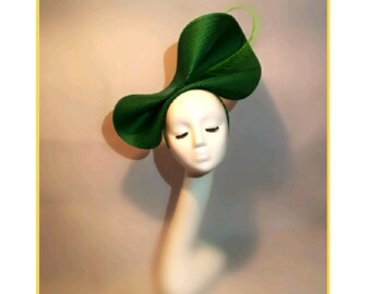 Grüner Hut, große Hochzeit Hut, ungewöhnliche Hut für Shopping, einzigartige Hut für Hochzeit, Funky Hut, schrulligen Hüte, dunkel grün Strohhut, Ascot Race Hut