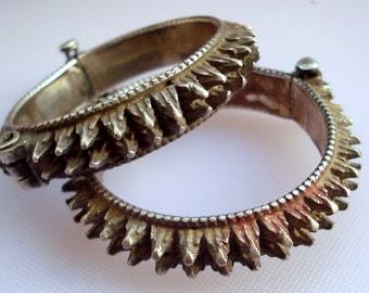 vintage antique tribal old silver bangle bracelet spiked belly dance jewelry cuf