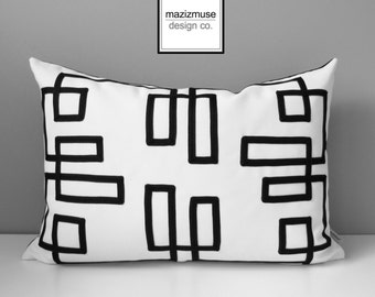 Decorative Black & White Outdoor Pillow Cover, Geometric Pillow Cover, Sunbrella Pillow Cover, Fretwork Cushion Cover, Trellis, Mazizmuse