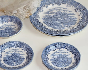 Antique Blue and White Dishes English Village 6 pieces