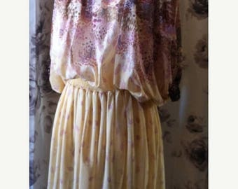35% off Sale Retro yellow sheer floral dress 1970