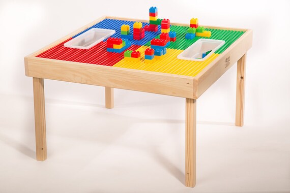grand lego duplo multi activit bloc table w jouent. Black Bedroom Furniture Sets. Home Design Ideas