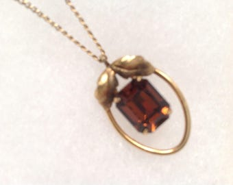 Van Dell gold fiil with topaz colored stone pendant necklace. Vintage.