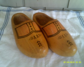 Vintage Pair of Wooden Dutch Shoes/Clogs, size 8 to 9, Made in Holland by Wett VV Ged, Vtg Dutch Shoes, Holland Clogs