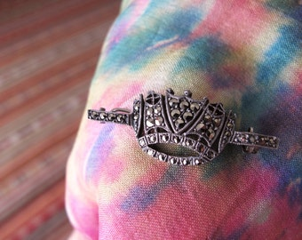 Vintage Marcasite Crown Bar Brooch, Sparkling Royalty Pin, Collectable Jewellery / Jewelry