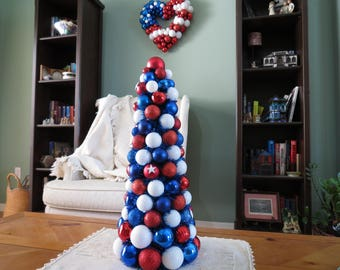 """Table Top Tree Patriotic Red White Blue 20""""  Ornament Tree"""