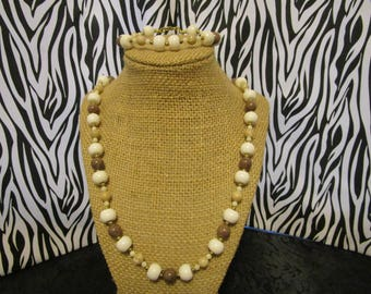 White & Brown Necklace/Bracelet Set