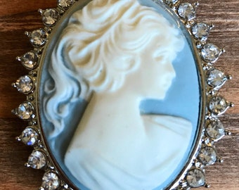 Cameo Focal Pendant Brooch Necklace/Silver Blue and White Cabochon Cameo/Cameo Jewelry Supplies
