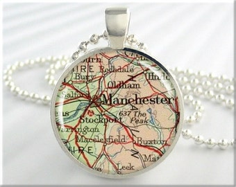 Manchester Map Pendant, Manchester England Map Necklace, Resin Pendant, Vintage Map Charm, Round Silver, Gift Under 20 (463RS)