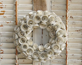 Book Wreath  / Book Lover Gift  / Paper Rose Wreath  /  Book Page Wreath / Teacher Gift