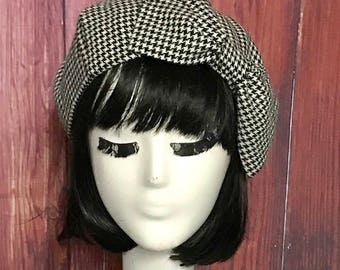 Beret Hat Bow, Black & White Houndstooth, Wool Beret Hat Bow, Wool Beret Bow, Black and White Hat, Hat with Bow