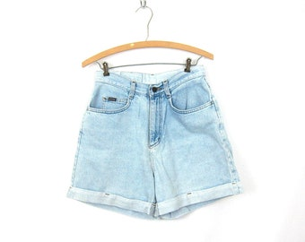 Distressed Faded Blue Jean Shorts High Waist Denim Vintage MOM Shorts Lightwash Roll Up Cuff Summer Shorts Womens Size 8 28 inch waist Small