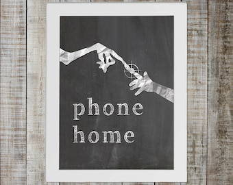 ET The Extra-Terrestrial Pop Culture Print - 'phone home'