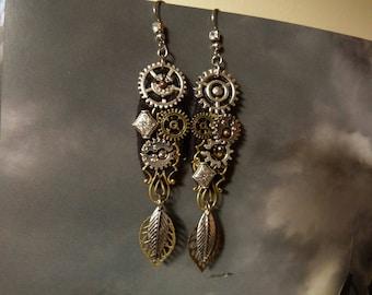 The Regent jewelry steampunk COG engrenange earrings retro-futuristic machine mechanism