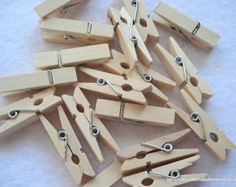 35mm Natural Wood Clothespin Clips, Natural Wood Pegs, 100 Pegs, 2p Each!! PG05